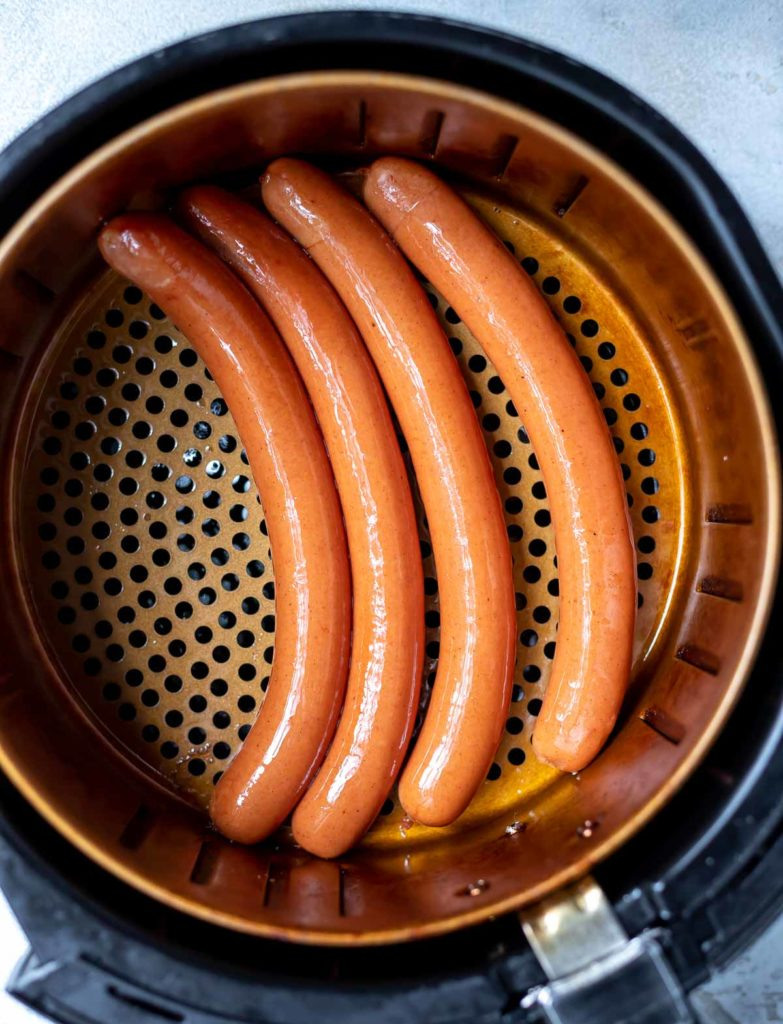 hot dogs in air fryer basket