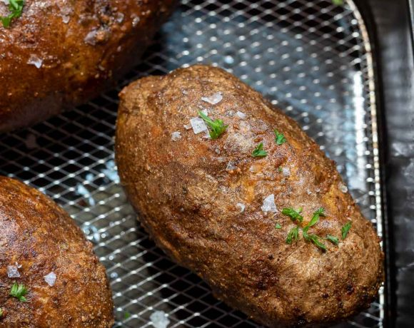 baked potatoes in air fryer basket