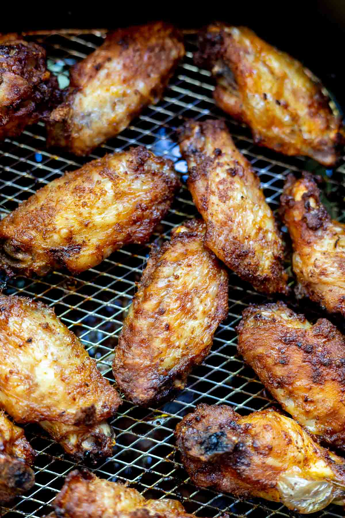 air fried wings in basket