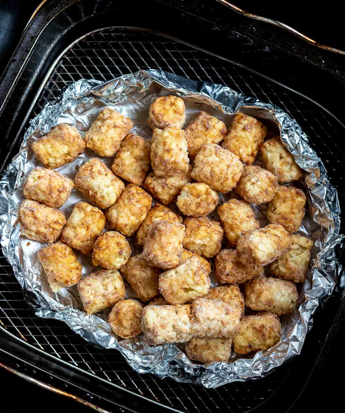 frozen tater tots in air fryer basket
