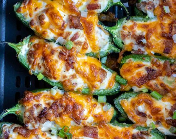 cooked jalapeno poppers in air fryer basket