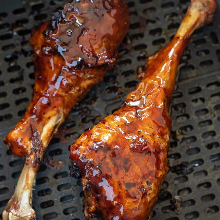 sticky glazed turkey legs in air fryer basket